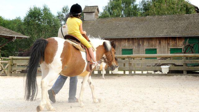 paardrijden Hotel Cheyenne Disneyland Paris